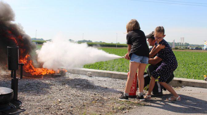 Volksschule Mauthausen besucht Feuerwehr Haid